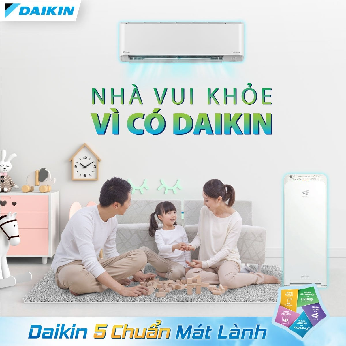 Máy lạnh Daikin chuẩn mát lành giá tốt tại Hồ Chí Minh   Năm 2021, máy lạnh Daikin mang đến 5 chuẩn mực mới của sự thoải mái không chỉ làm mát, lọc sạch không khí mà còn bảo vệ sức khỏe. Vậy 5 chuẩn đó là gì.    Daikin đã ứng dụng 5 chuẩn mát lành lên các sản phẩm máy lạnh, không chỉ mang lại sự thoải mái tối ưu mà còn bảo vệ sức khỏe khách hàng, phòng ngừa bệnh hô hấp và còn đem lại sự tiện nghi, cụ thể:  Chuẩn lọc khí: Công nghệ Streamer và phin lọc Enzyme Blue. Chuẩn cân bằng ẩm: Công nghệ Hybrid Cooling. Chuẩn luồng gió thoải mái: Luồng gió Coanda. Chuẩn làm lạnh. Chuẩn điều khiển thông minh. may-lanh-daikin-5-chuan-mat-lanh-gia-tot-tai-ho-chi-minh  Click and drag to move Mua máy lạnh Daikin 2021 5 chuẩn mát lành chính hãng giá rẻ ở đâu Hồ Chí Minh?   Tự hào là một trong những đại lý chính hãng của Daikin tại Hồ Chí Minh. Máy lạnh 365 cam kết mang đến cho khách hàng những sản phẩm máy lạnh Daikin chính hãng với mức giá rẻ nhất.  Đội ngũ nhân viên tư vấn nhiệt tình, am hiểu thông tin sản phẩm Đội ngũ kỹ thuật viên lắp đặt nhiều năm kinh nghiệm trong nghề, được đào tạo chuẩn hãng Giao hàng nhanh chóng, thanh toán thuận tiện Bảo hành tại nơi sử dụng Hỗ trợ sản phẩm trọn đời 24/7 tong-hop-dong-may-lanh-ra-mat-nam-2021-cua-dakin  Click and drag to move Cùng Máy lạnh 365 tìm hiểu chi tiết 5 chuẩn mát lành của máy lạnh Daikin năm 2021   Ngày nay, khi chọn mua một chiếc máy lạnh, người tiêu dùng không chỉ quan tâm đến khả năng tiết kiệm điện, làm lạnh nhanh hay lọc không khí hiệu quả mà còn rất quan tâm đến các tính năng bảo vệ sức khỏe.  Khi sử dụng máy lạnh, bạn thường gặp các vấn đề như: khô cổ họng, đau vai gáy hay thậm chí là viêm họng vì luồng gió thổi trực tiếp vào người hoặc nhiệt độ cài đặt quá thấp làm giảm độ ẩm trong phòng, dẫn tới nguy cơ mắc các bệnh lý về đường hô hấp như: viêm xoang, viêm họng, viêm phế quản, viêm phổi, hen suyễn,...  Duy trì độ ẩm thích hợp bảo vệ sức khỏe  Vào mùa hè, bạn thường cảm thấy rít da, phòng ẩm ướt khó chịu. Nguyên nhân đến t